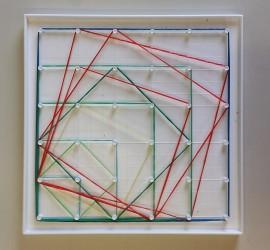 todos los cuadrados diferentes que caben en un geoplano